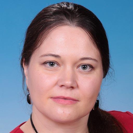 Екатерина НиколаевнаПреподаватель английскогои французского языков