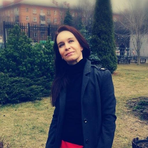 Елена АлександровнаПреподаватель английскогои испанского языков